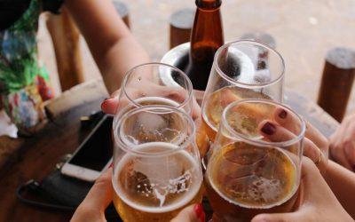 Alkohol und Drogen: Wo bekomme ich Hilfe bei Sucht?